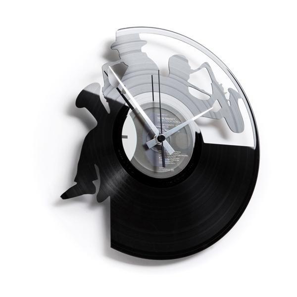 Designové nástěnné hodiny Discoclock 052 Saxofon 30cm